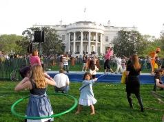 Tatiana hula hooping